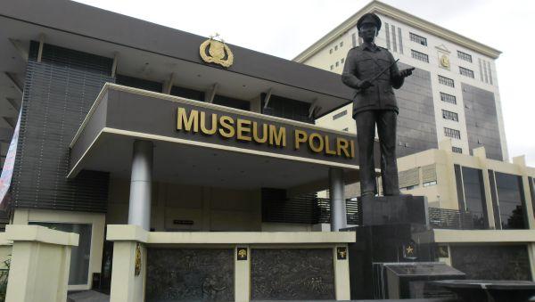 Wisata Sejarah Semarang Lawang Sewu Indonesia Explorer Museum Jakarta Sarana