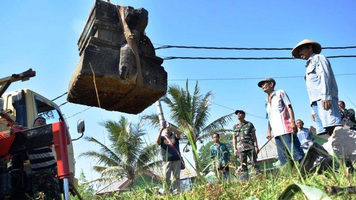 Yoni Bersejarah Tak Jadi Dipindahkan Museum Alasannya Tribun Jateng Suharno