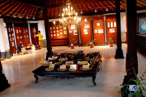 5 Museum Semarang Aja Jamu Nyonya Meneer Pertama Indonesia Didirikan