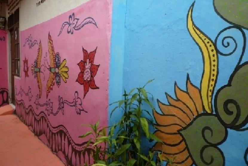 Ratusan Rumah Kampung Batik Palbatu Cetak Rekor Muri Republika Dinding