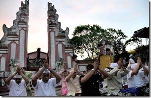 2010 Paguyuban Majapahid Pura Agung Raksa Bhuana Jl Polonia 216