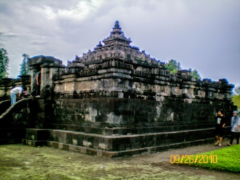 Indonesia Candi Sambisari Temple Discovery Exciting Archaeological Findings Yogyakarta Years