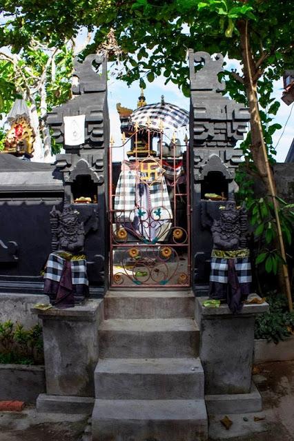 Indonesia Patung Bali Temple Sea Beach Pura Giri Natha Kab