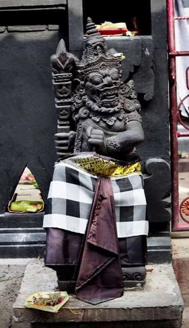Indonesia Patung Bali Tradition Dwaarpal Entrance Temple Protector Pura Giri