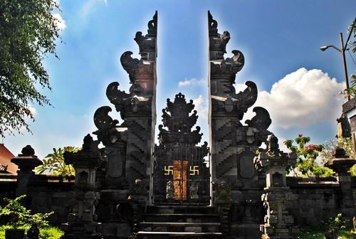 Tempat Wisata Mari Main Semarang Pura Agung Giri Natha Kab