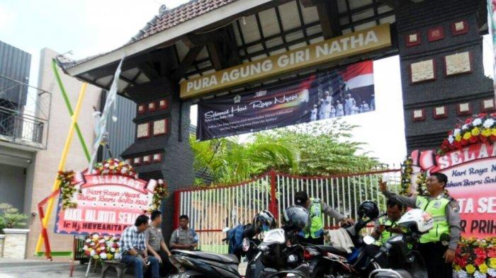 Uri Jawa Tengah Id Part 866 Polisi Bergantian Jaga Pura