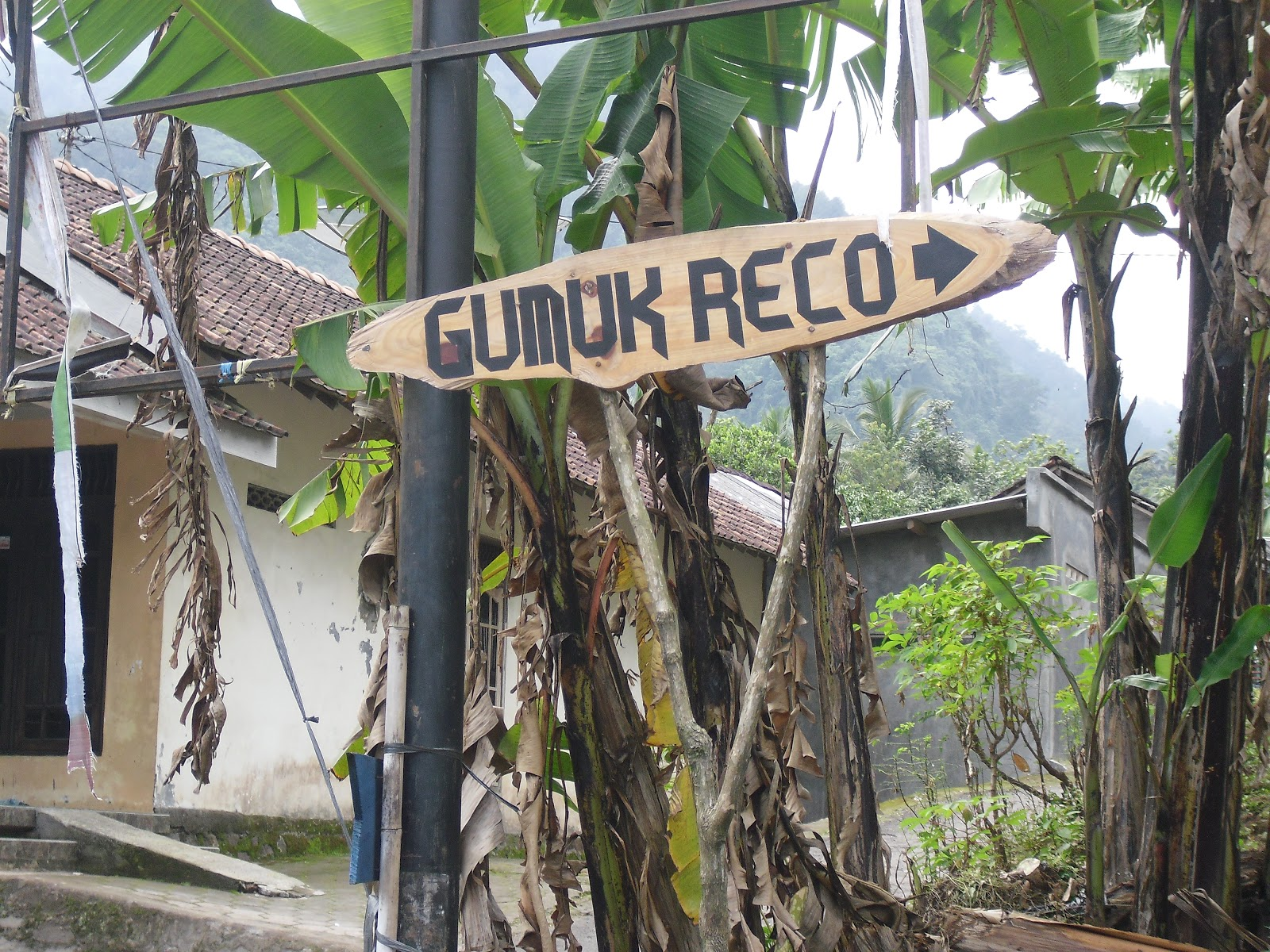 Wisata Gumuk Reco Banyubiru Kabupaten Semarang Iyoth World Pura Giri