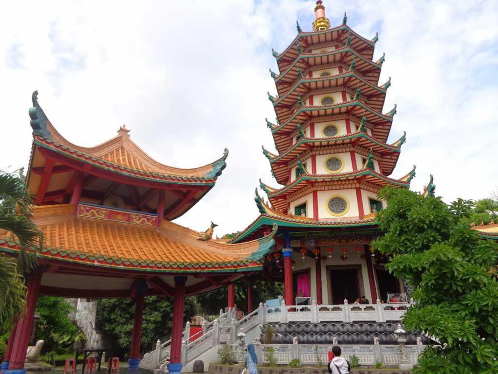 Wisata Religi Semarang Semberani Rent Objek Pura Giri Natha Kab
