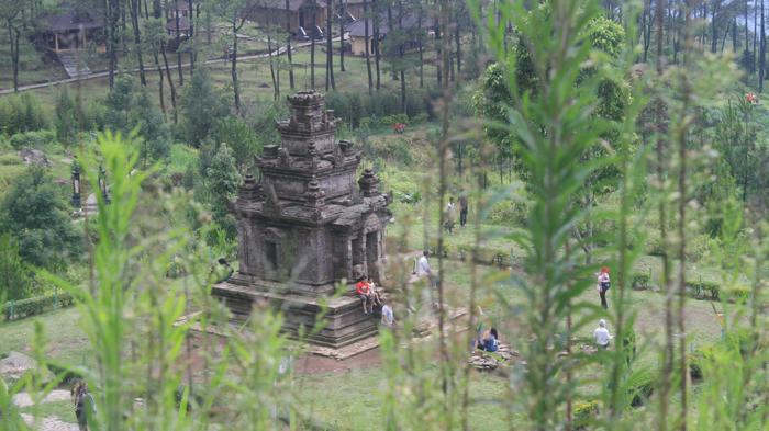 Asyiknya Keliling Candi Gedongsongo Semarang Sembari Menunggang Kuda Tribun Jateng
