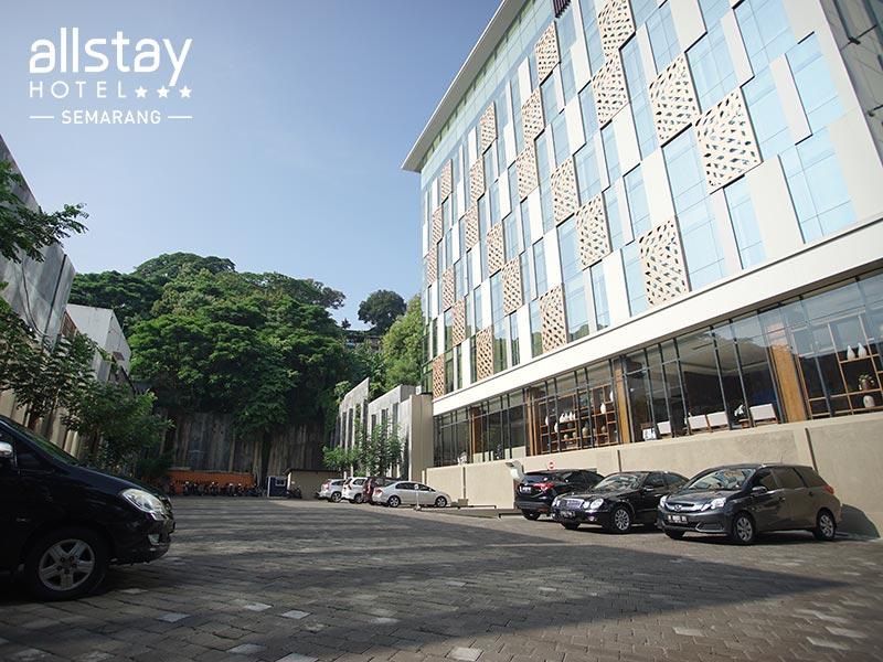 Allstay Hotel Semarang Area Parkir Jpg Spacious Parking Simpang Lima