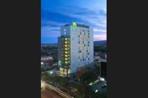Hotel Terbaik Semarang Pegipegi Holiday Inn Express Simpang Lima Kab