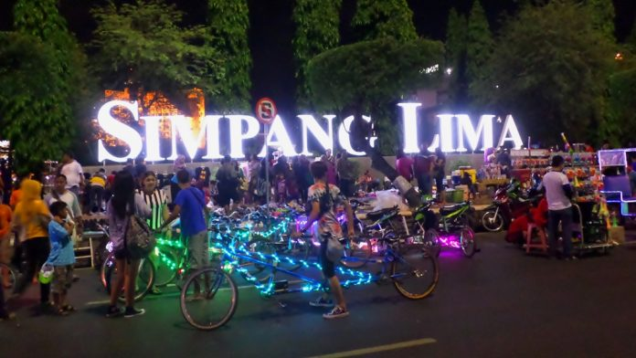Menhub Simpang Lima Semarang Pastikan Kondisi Aman Meriah Kab