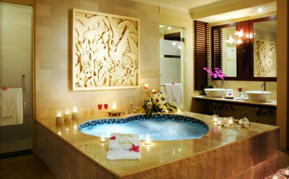 9 Hotel Resort Indonesia Memiliki Jacuzzi Susan Spa Kab Semarang