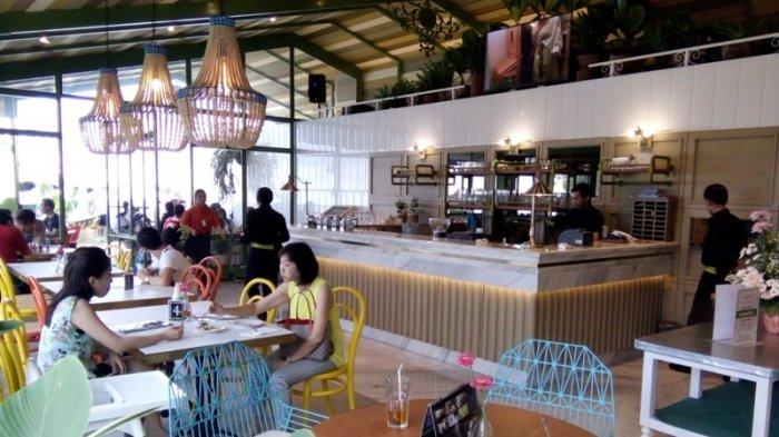 Manjakan Perut Sambil Menikmati Rawa Pening Kafe Susan Spa Resort