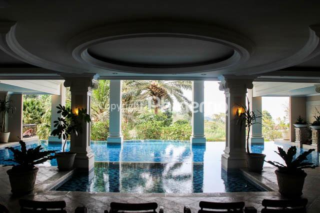 Susan Spa Resort Semarang Dikelilingi Pegunungan Kolam Renang Kab