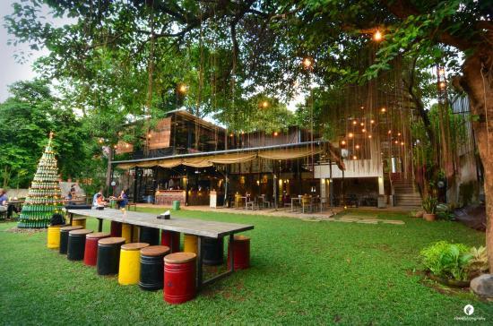 10 Cafe Suasana Beda Semarang Wajib Kalian Coba Sakapatat Beer