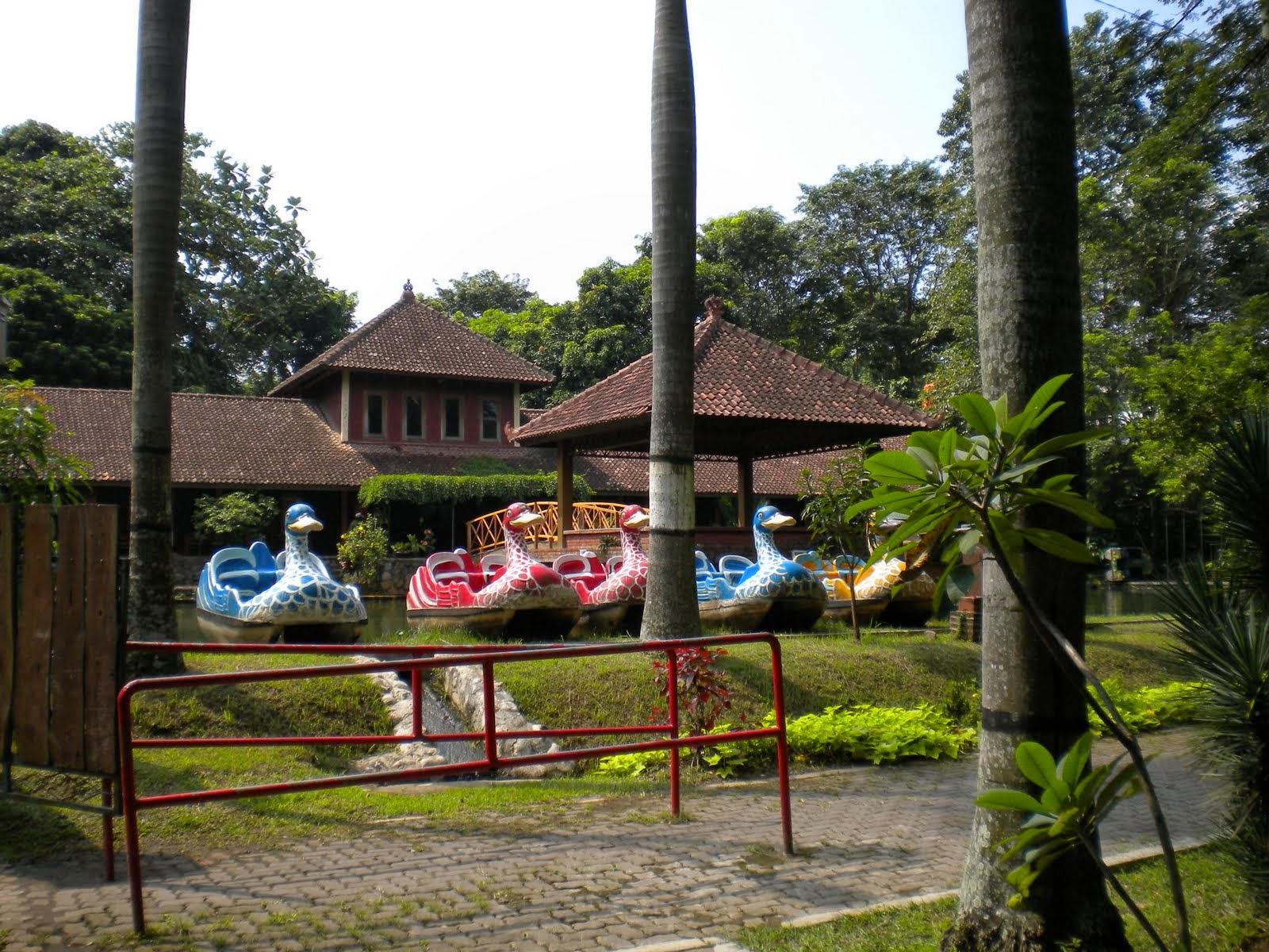 30 Tempat Wisata Semarang Kunjungi Part 1 Taman Lele Diponegoro