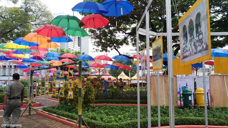 10 Gambar Taman Srigunting Semarang Alamat Lokasi Kota Festival Payung