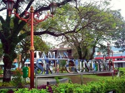 10 Gambar Taman Srigunting Semarang Alamat Lokasi Kota Pandanaran Diponegoro