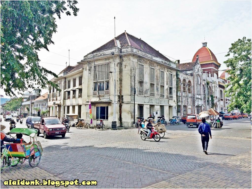Food Travel Togetherness Jakarta Berikut Suasana Kawasan Kota Semarang Taman