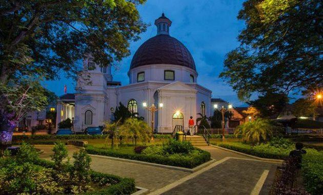 Full Review Menikmati Ademnya Taman Srigunting Kota Semarang Suasana Malam