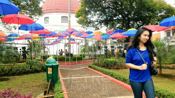 Payung Warna Warni Hiasi Taman Srigunting Metrosemarang Rijsttafest Digelar Kota