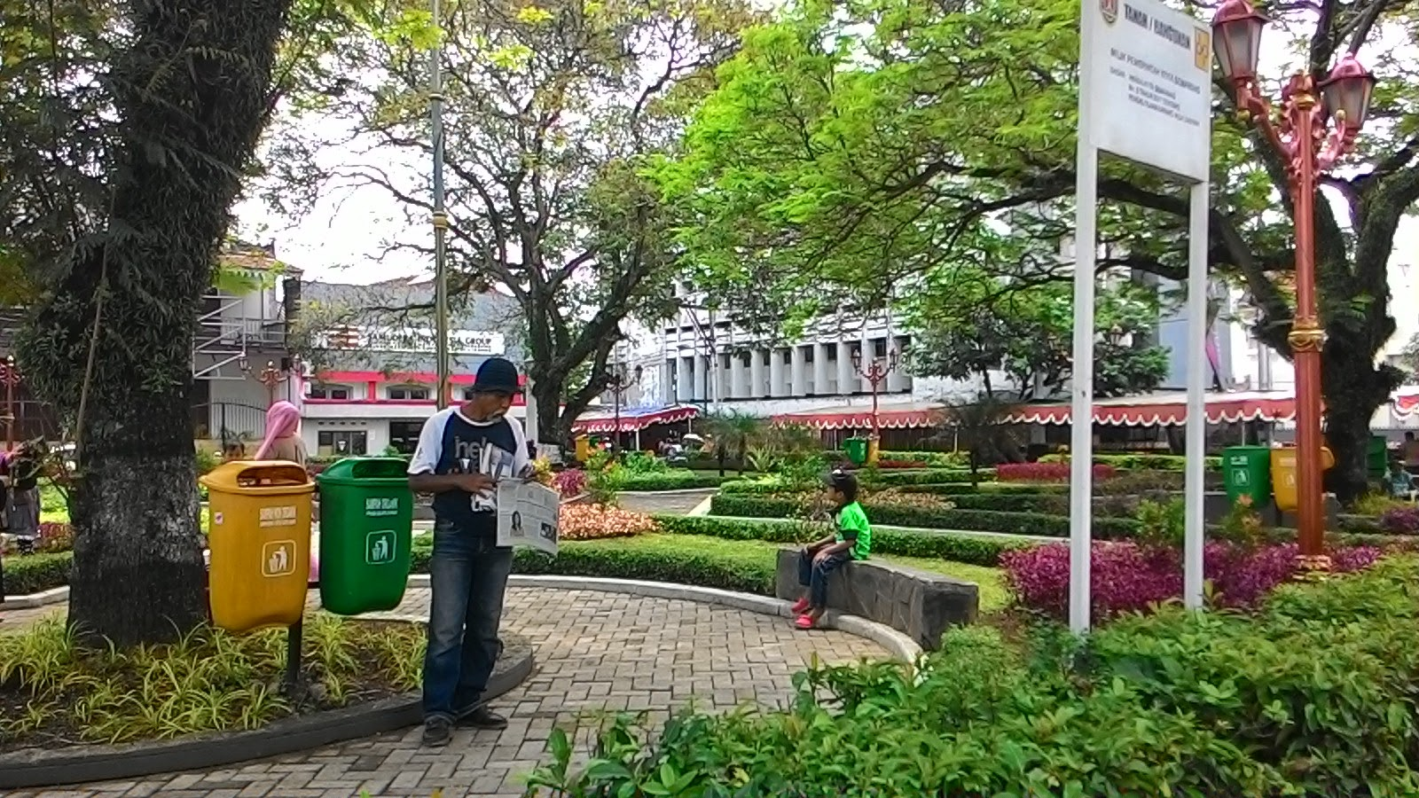 Small Kecil Tapi Penting Naik Bus Tingkat Semarjawi Taman Srigunting