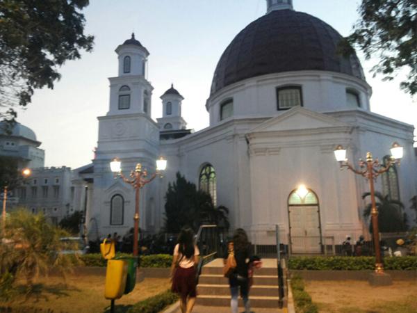 Srigunting Taman Hits Kota Semarang Letaknya Bersebelahan Gereja Blenduk Kurnia