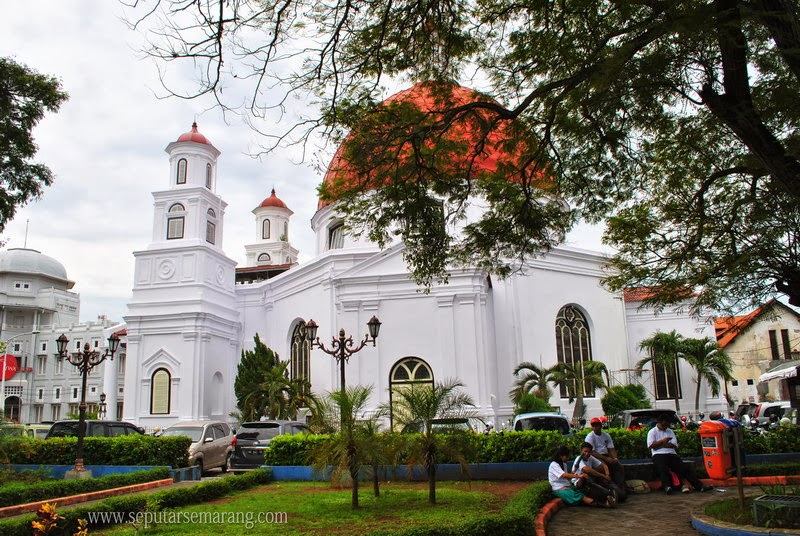 Taman Srigunting Kota Semarang Parade Plein Plaza Kab