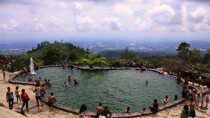 21 Lokasi Favorit Wisata Kabupaten Semarang Tribun Fountain Water Park