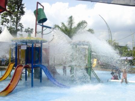 Fountain Residence Waterpark Resto Water Park Kab Semarang