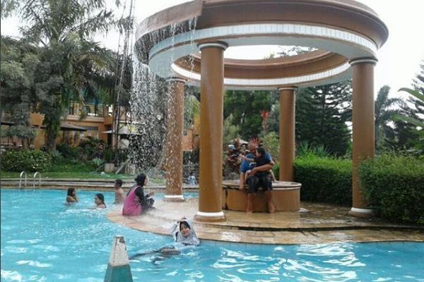 Fountain Waterpark Resto Wisata Air Asyik Menarik Lihat Semarang Water