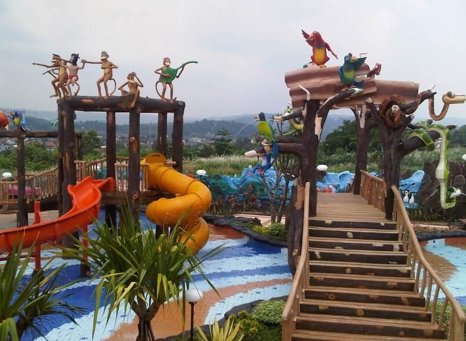 Jungle Toon Waterpark Semarang Kolam Renang Graha Wahid Fountain Water