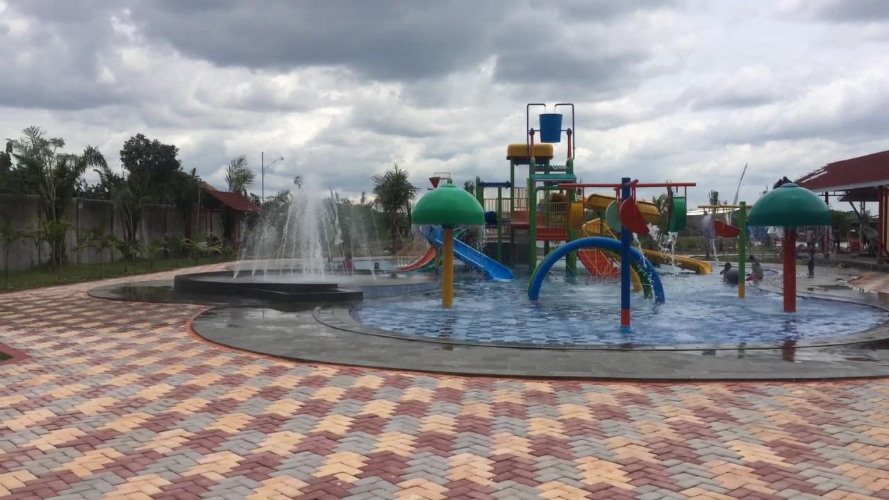 Kolam Renang Elok Waterpark Pilangsari Sragen Youtube Fountain Water Park
