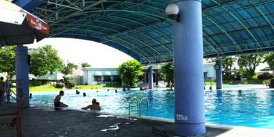 Kolam Renang Semarang Atlantis Restoran Indoor Tennis Fountain Water Park