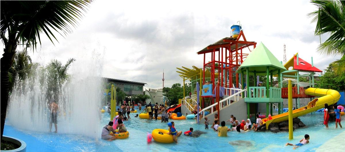 Semarang Menikmati Wisata Permainan Air Fountain Water Park Kab