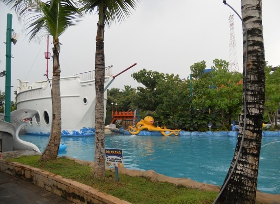Water Blaster Semarang Waterpark Terlengkap Fountain Park Kab
