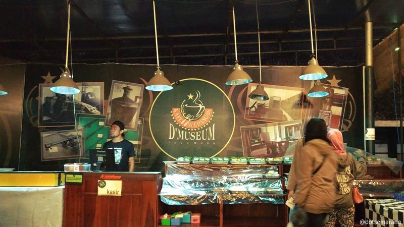 Kafe Wedangan Museum Tugumuda Mandala Bhakti Semarang Terletak Kota Mengangkat