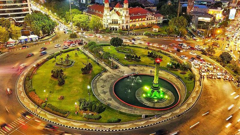 Panduan Wisata Semarang Sekitarnya Pikniek Tempat Tugu Muda Lawang Sewu