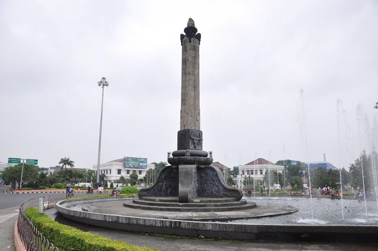 Travel Blog Wisata Sejarah Kota Semarang Ciri Khasnya Lawang Sewu