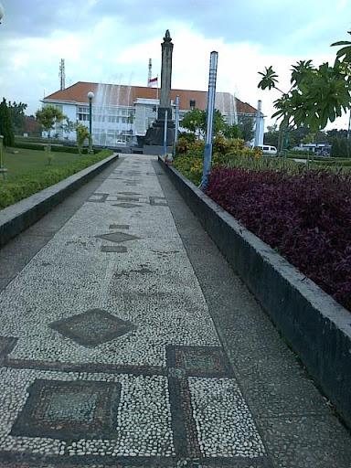 Tugu Muda Semarang Itineraryku Terdapat Sekelilingnya Lawang Sewu Museum Manggala