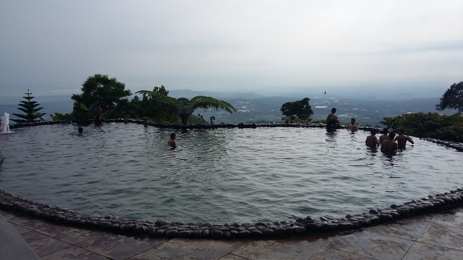 Umbul Sidomukti Menikmati Dinginya Mata Air Atas Bukit Terletak Desa