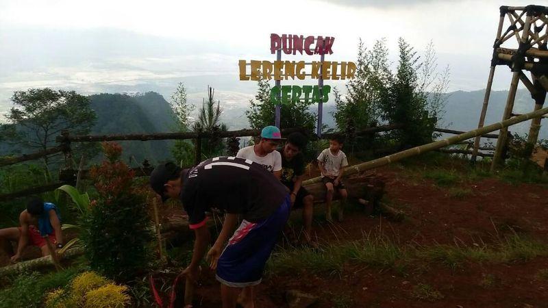 Tempat Wisata Semarang Asyik Buat Foto Lereng Kelir Terletak Dusun