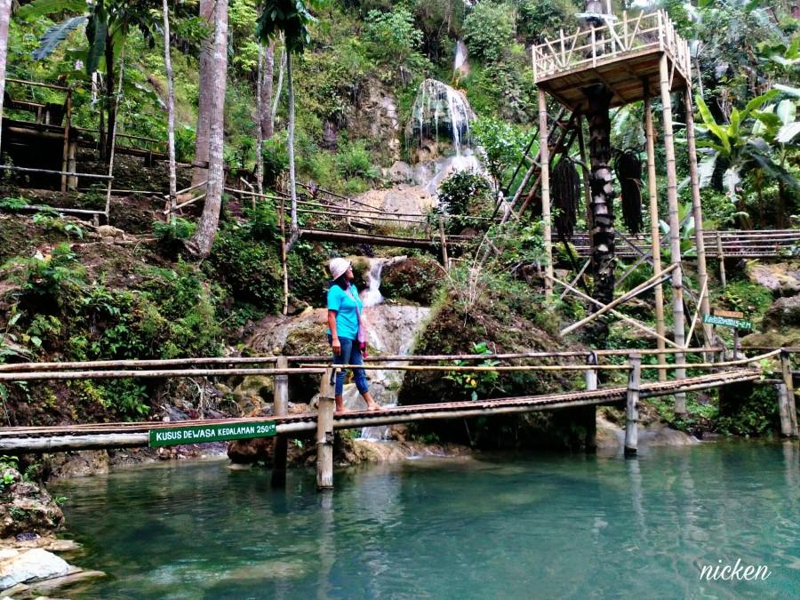Travel Story Kembang Soka Pesona Tengah Hijaunya Lereng Gunung Kelir