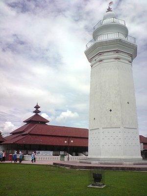 16 Tempat Wisata Banten Sekitarnya Masjid Agung Kab Serang