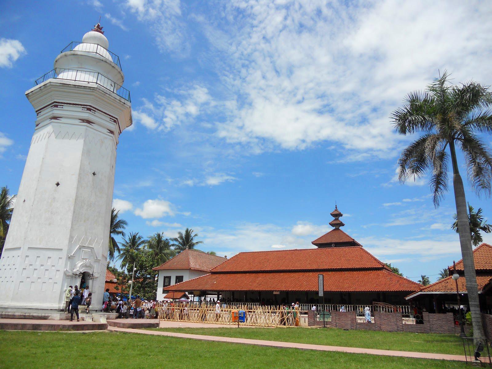 Agung Banten Masjid Kab Serang