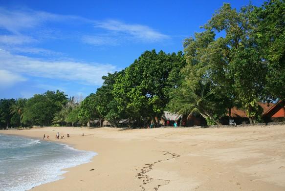 Destinasti Objek Wisata Pantai Sambolo Anyer Bandulu Serang Keindahan Banten