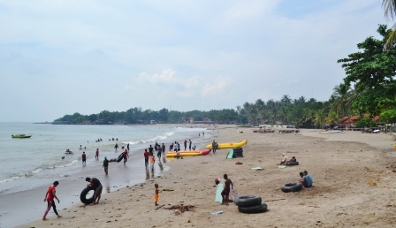 Jejak Pena Pemula Indahnya Pantai Karang Bolong Masuk Wilayah Desa