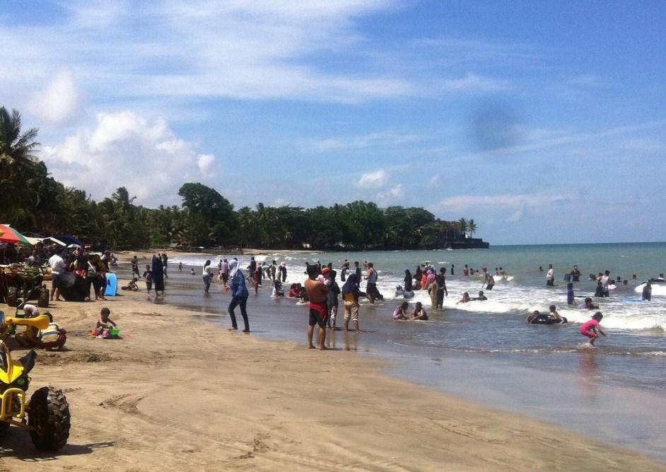 Pantai Anyer Kabupaten Serang Direktori Tempat Wisata Tidak Banyaknya Fasilitas