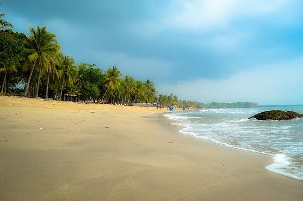 15 Tempat Wisata Anyer Serang Banten Rekomendasi Objek Pantai Marina